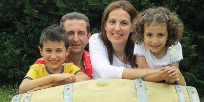 Ignazio Giovine, Giuliana e famiglia