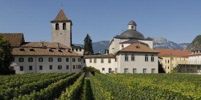 Il convento e le vigne