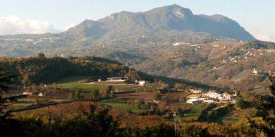 La cantina e la tenuta di Paternopoli