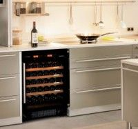 Temperature-controlled wine storage unit